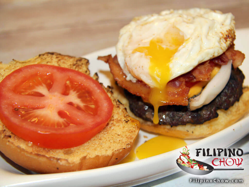 Bacon Cheese Burger with Fried egg